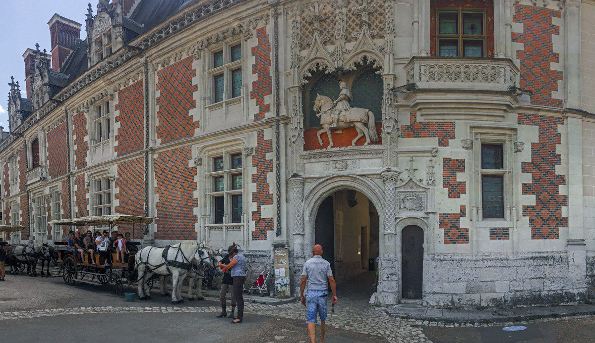 Blois purpurpurpur